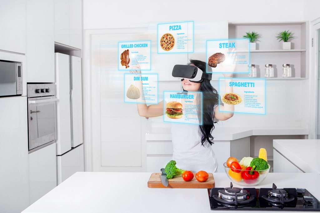 How Augmented and Virtual Reality will Change the Food Industry 1 How Augmented and Virtual Reality will Change the Food Industry
