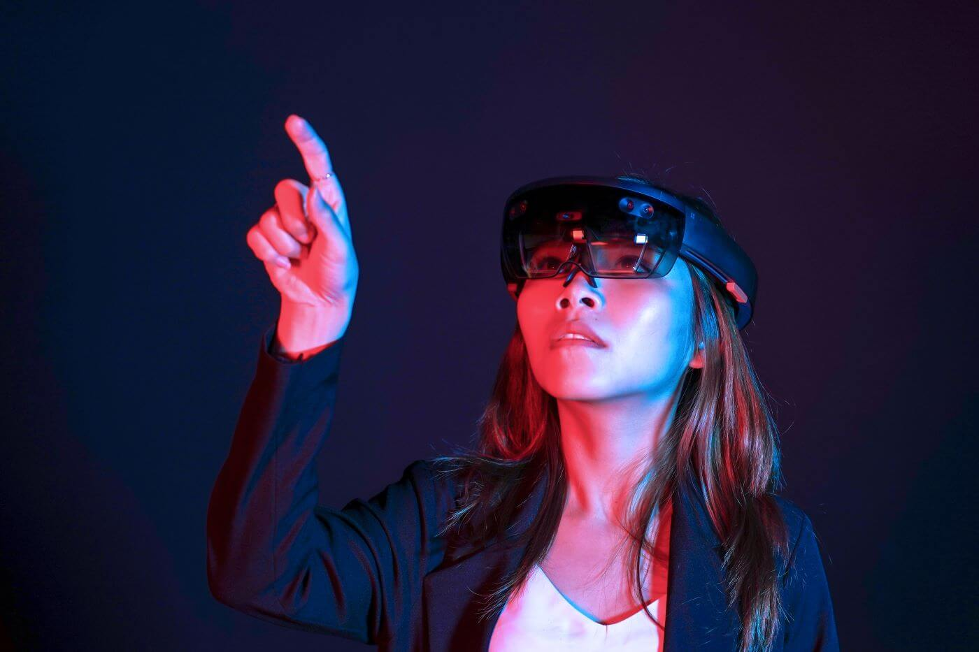 How Can Mixed Reality Help Your Small Business